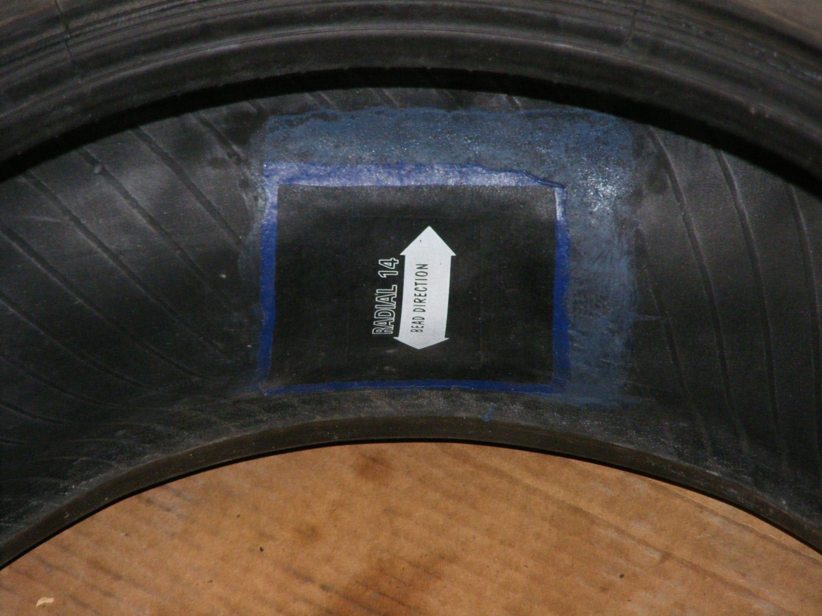 Вулканизация шин. Professional24 – ремонт автомобильных шин холодной вулканизацией. Установки жгутов, установка латок. Выездной шиномонтаж